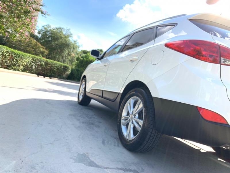 Hyundai Tucson GLS 2013 price $11,495