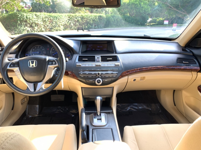 Honda Crosstour EX 2012 price $9,495