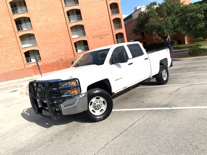 Chevrolet Silverado 2500 HD 4X4 2015 price $19,995