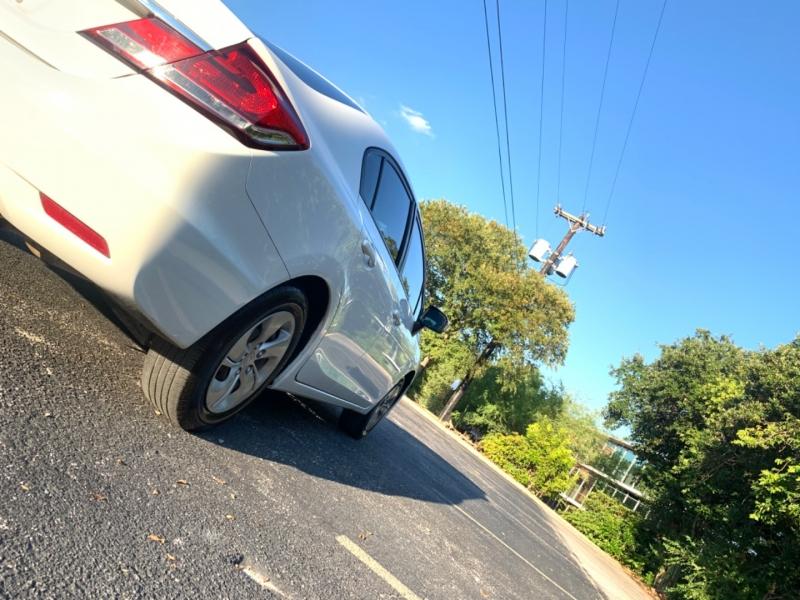 Honda Civic LX 2015 price $7,995