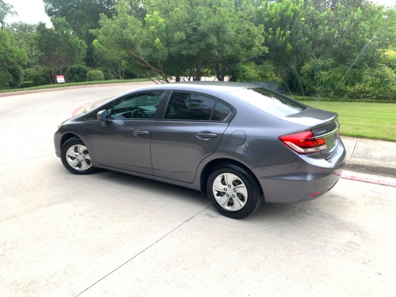 Honda Civic LX Sedan 2015 price $12,495