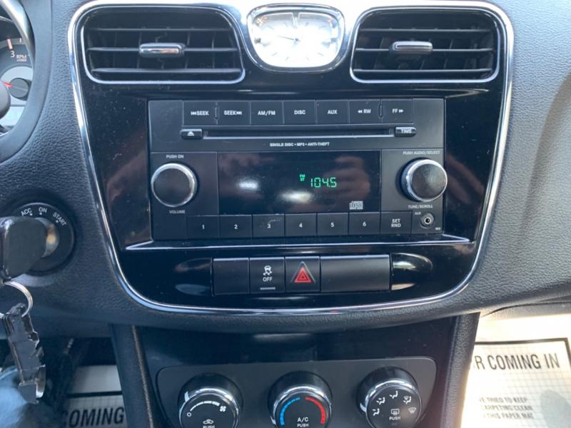 Chrysler 200 LX 2013 price $6,995