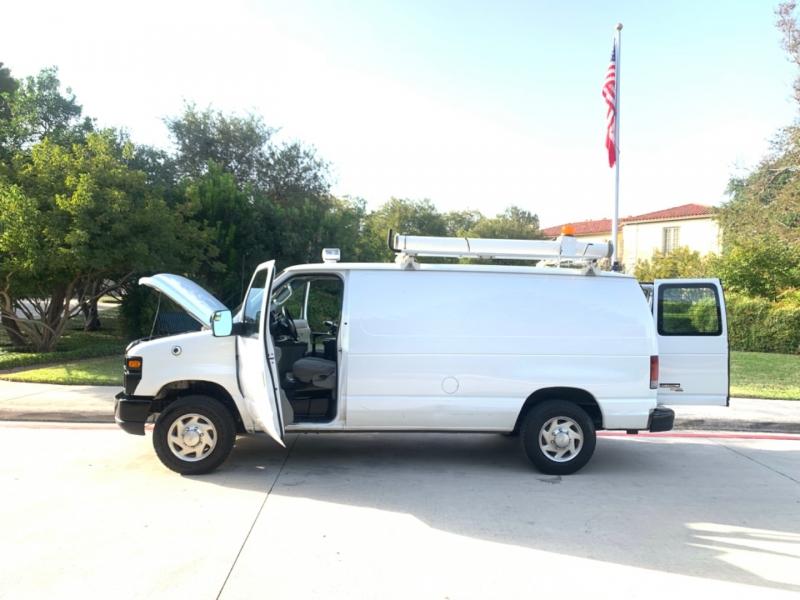 Ford Econoline Cargo Van 2013 price $12,495