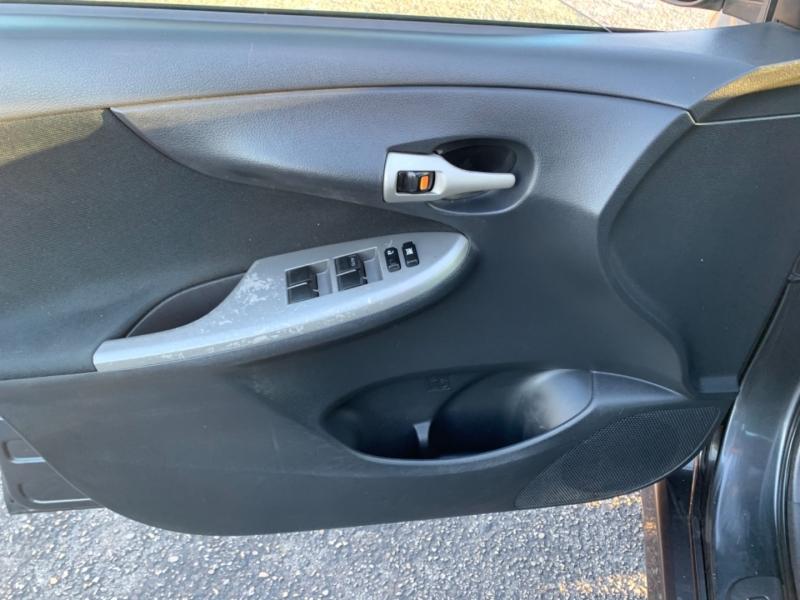 Toyota Corolla S 2010 price $7,995