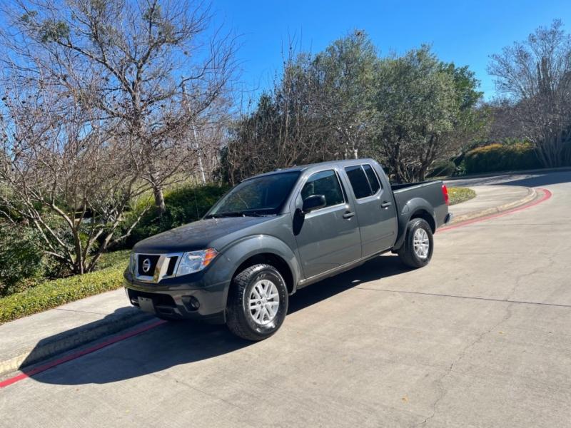 Nissan Frontier 2015 price $14,995