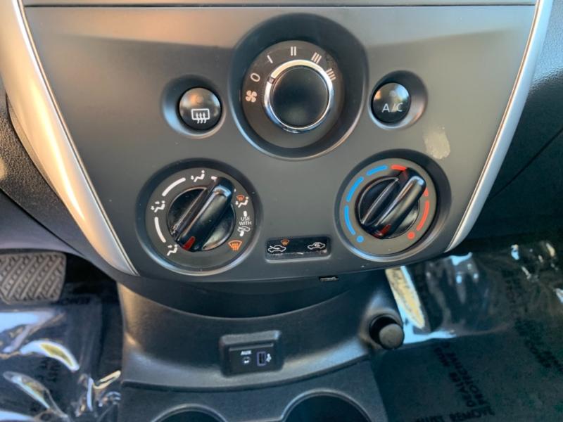 Nissan Versa S Sedan 2019 price $12,995