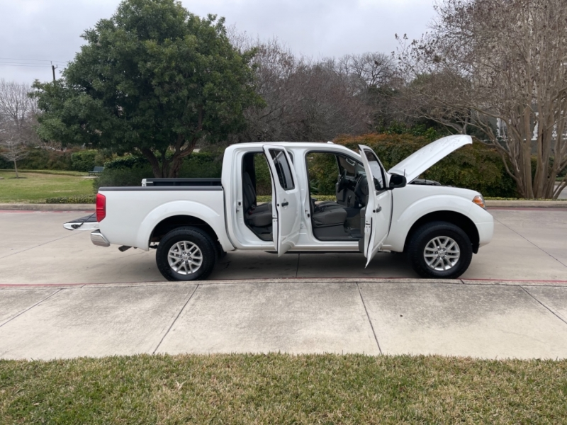 Nissan Frontier SV 2016 price $16,495