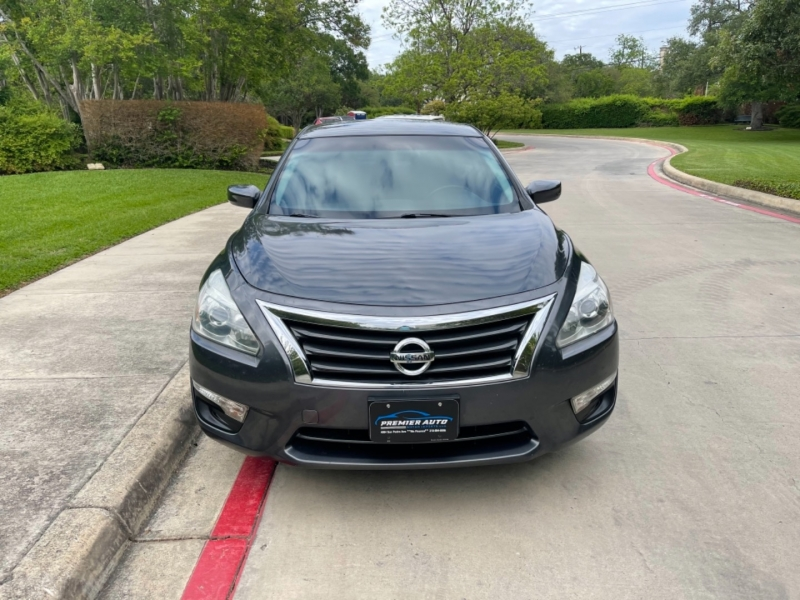 Nissan Altima S 2013 price $9,995