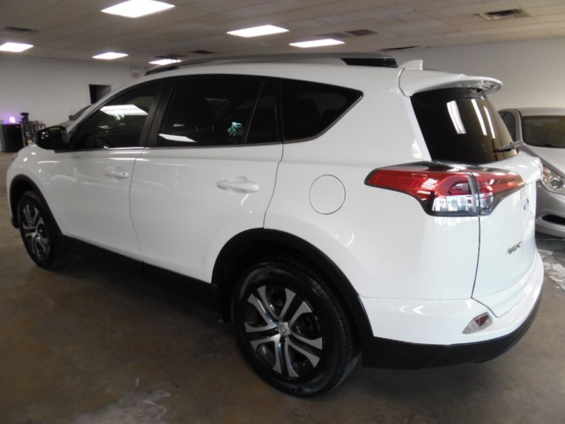 Toyota RAV4 2017 price Call for Pricing.