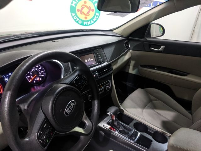 Kia Optima 2016 price Call for Pricing.