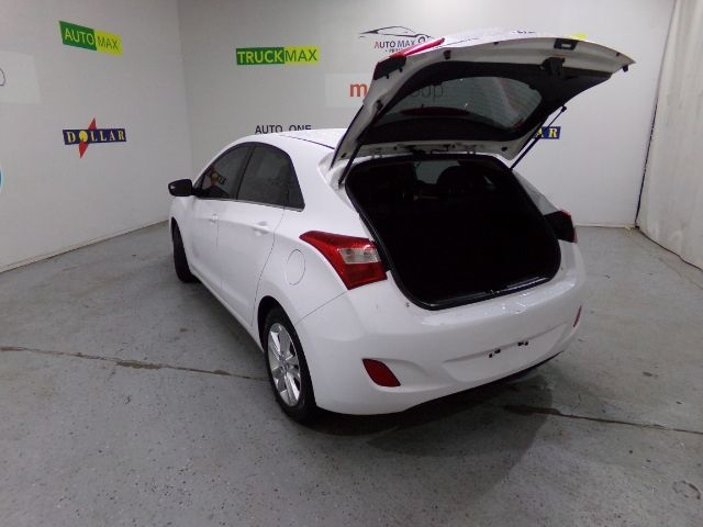 Hyundai Elantra GT 2015 price $0