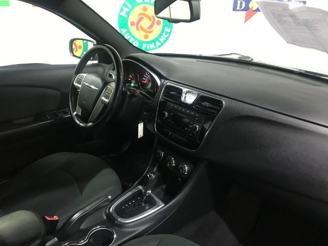 Chrysler 200 2012 price $0