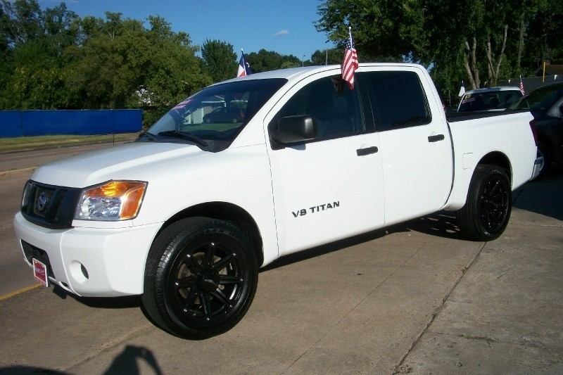 NISSAN TITAN 2010 price Call for Pricing.