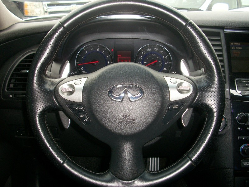 INFINITI FX35 2009 price Call for Pricing.