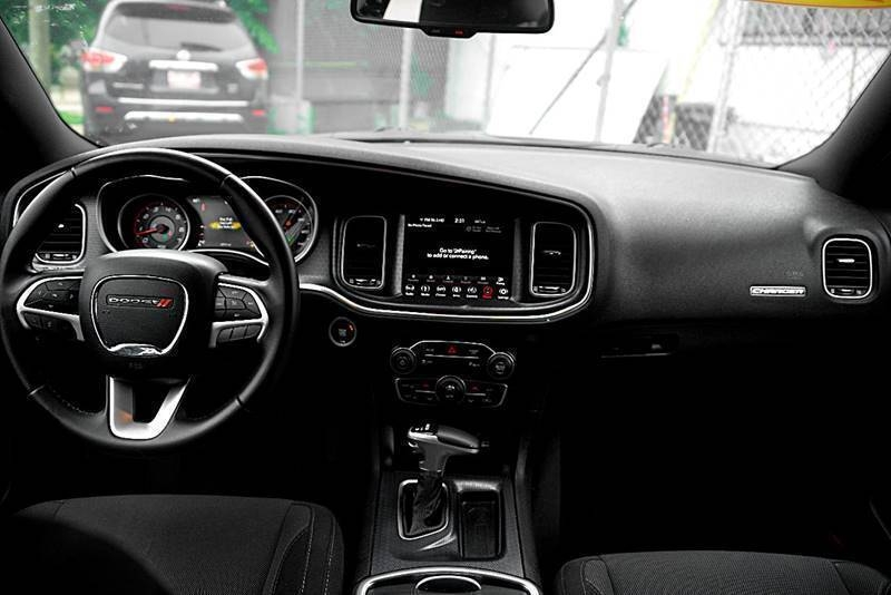 Dodge Charger 2018 price $20,600