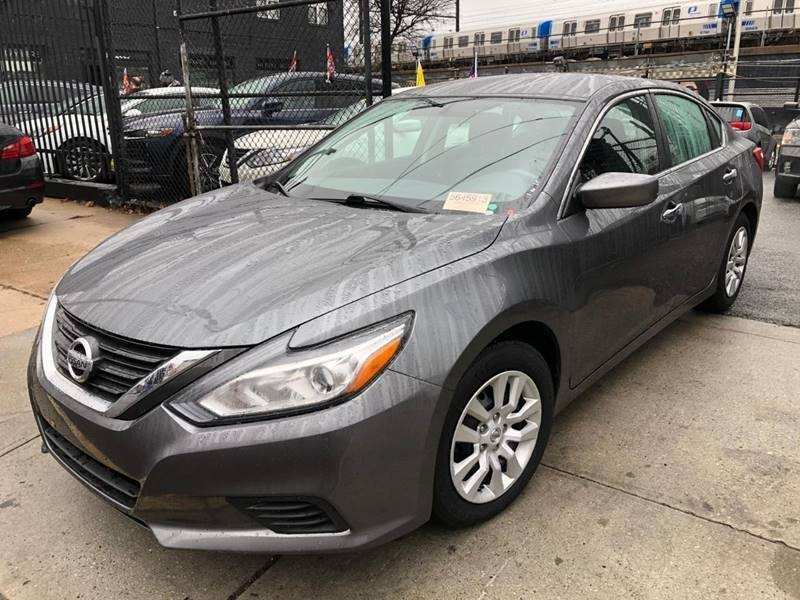 Nissan Altima 2017 price $499