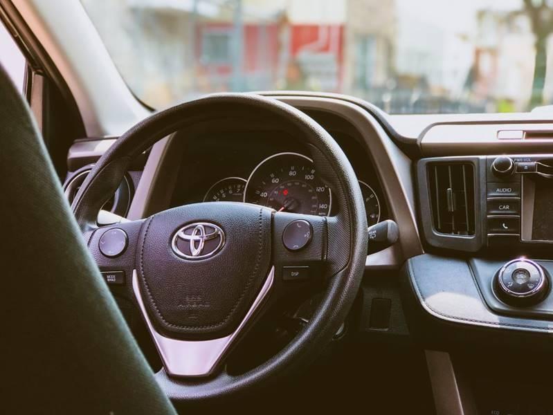 Toyota RAV4 2016 price $18,850