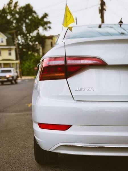 Volkswagen Jetta 2019 price $17,500