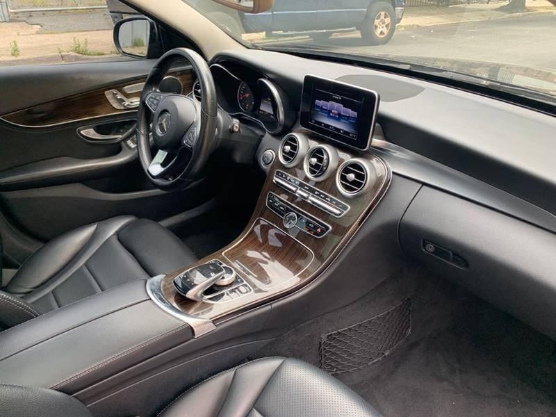 Mercedes-Benz C-Class 2016 price $21,450