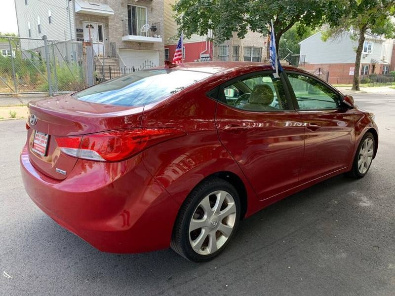 Hyundai Elantra 2012 price $499