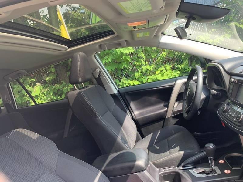Toyota RAV4 2018 price $22,840
