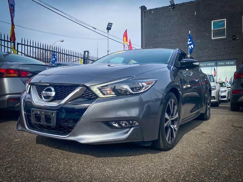 Nissan Maxima 2017 price $18,820