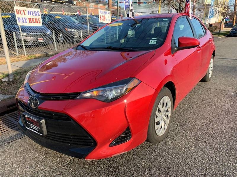 Toyota Corolla 2018 price $16,560