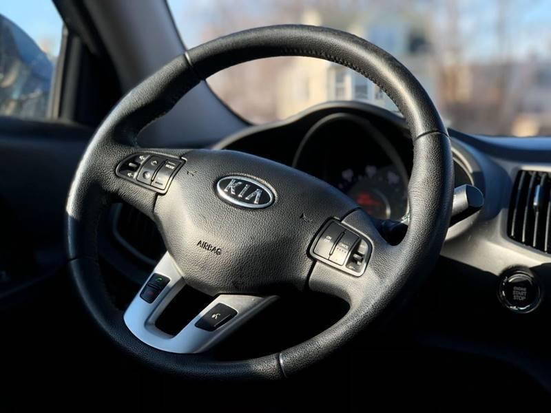 Kia Sportage 2012 price $499