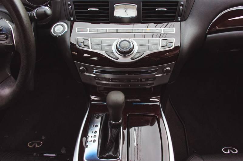 Infiniti G37 Sedan 2013 price $12,450
