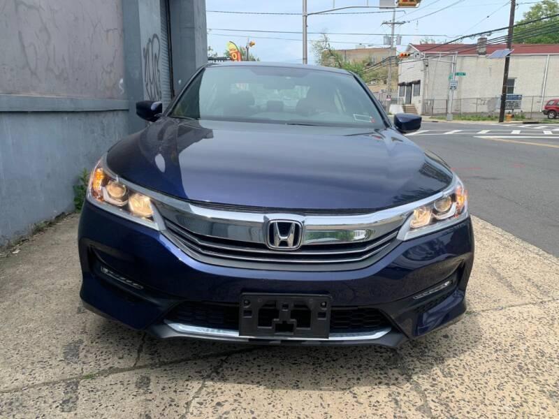 Honda Accord 2017 price $999
