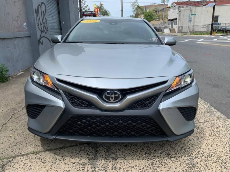 Toyota Camry 2018 price $18,450