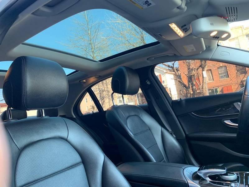 Mercedes-Benz C-Class 2016 price $21,350