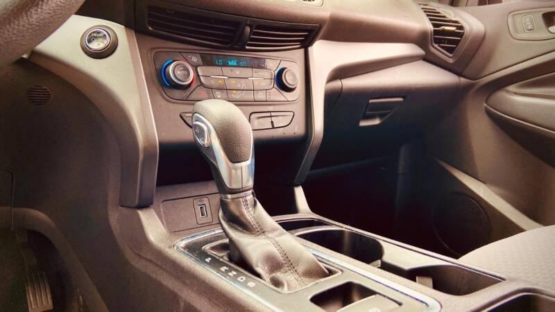 Ford Escape 2019 price $19,850
