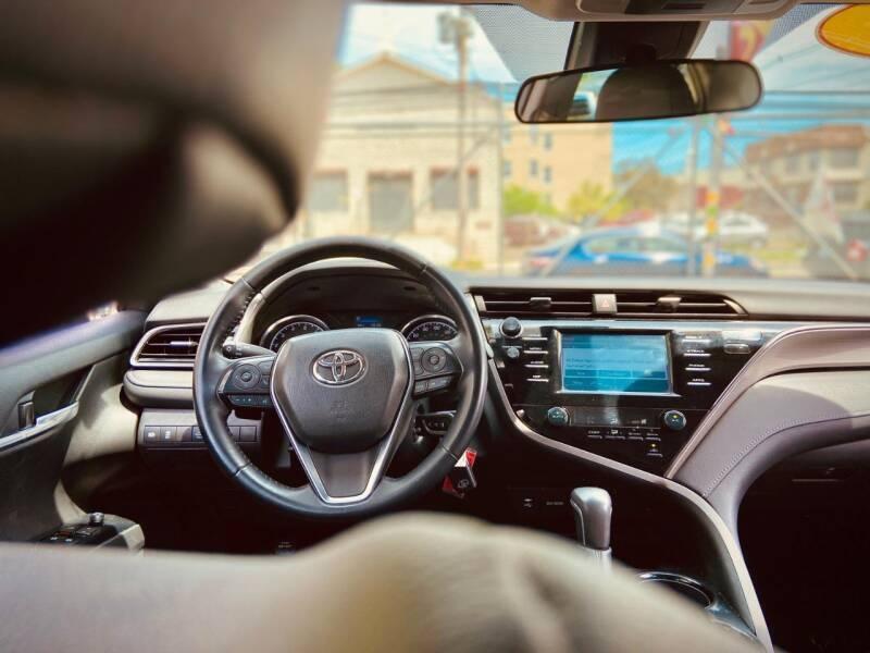 Toyota Camry 2019 price $999