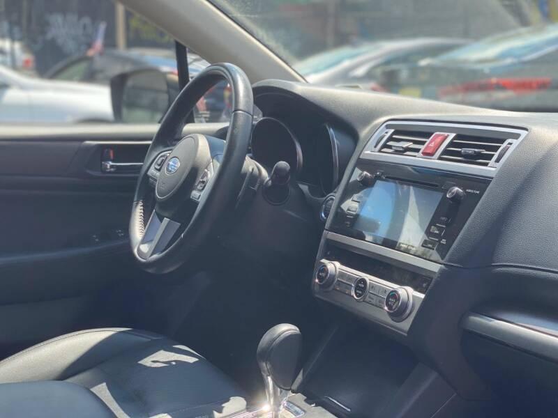 Subaru Legacy 2017 price $18,850