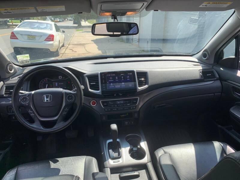 Honda Pilot 2017 price $999