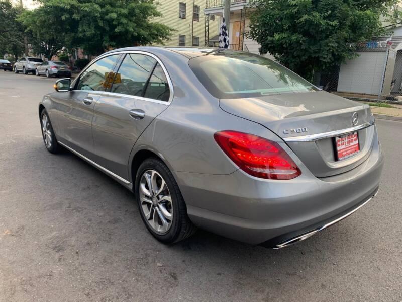 Mercedes-Benz C-Class 2015 price $19,685