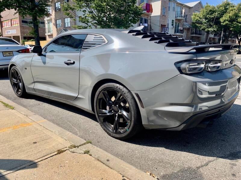 Chevrolet Camaro 2019 price $43,999