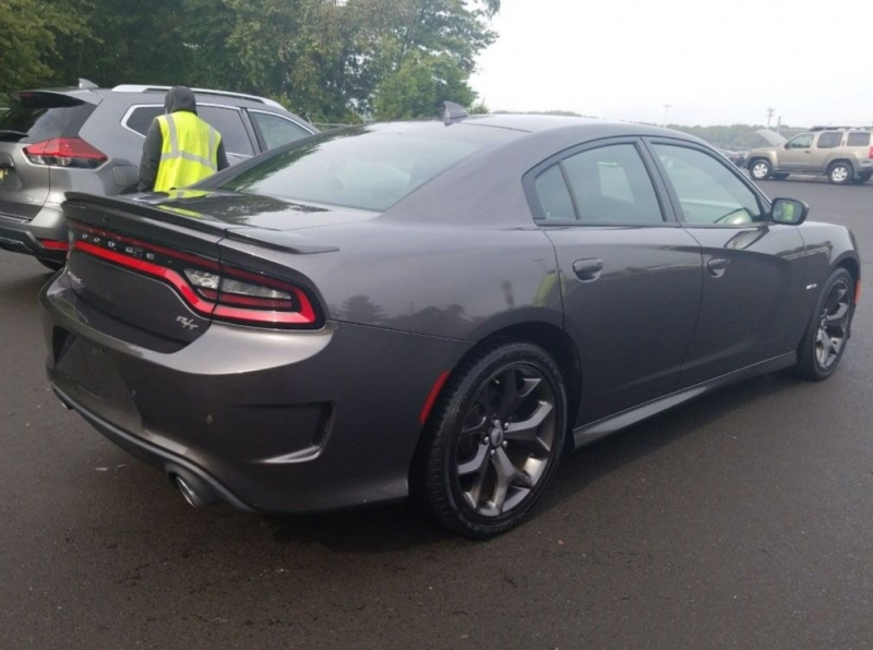 Dodge Charger 2017 price $35,200