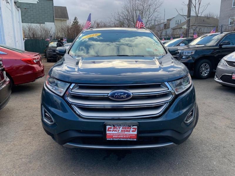 Ford Edge 2016 price $17,600