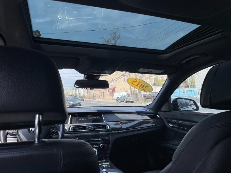 BMW 7 Series 2015 price $21,995