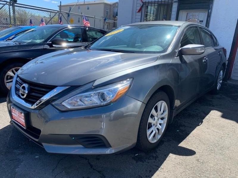 Nissan Altima 2018 price $999