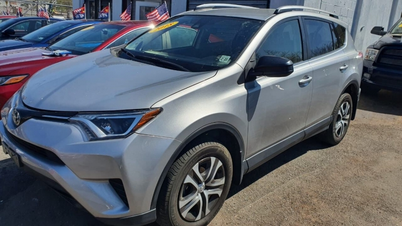 Toyota RAV4 2018 price $499