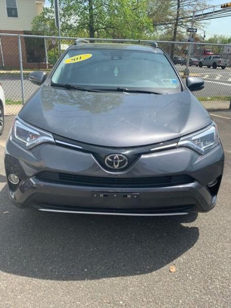 Toyota RAV4 2017 price $22,450
