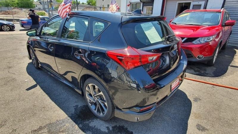Toyota Corolla iM 2018 price $499