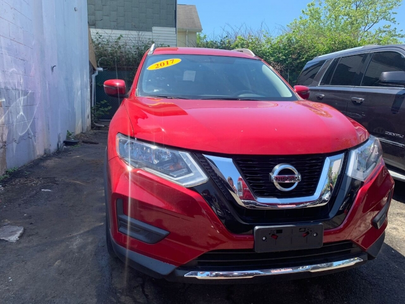 Nissan Rogue 2017 price $999