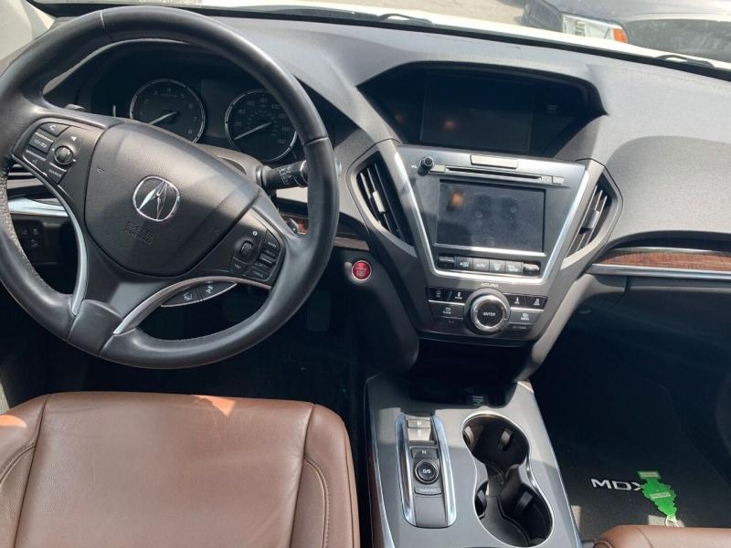 Acura MDX 2017 price $35,995
