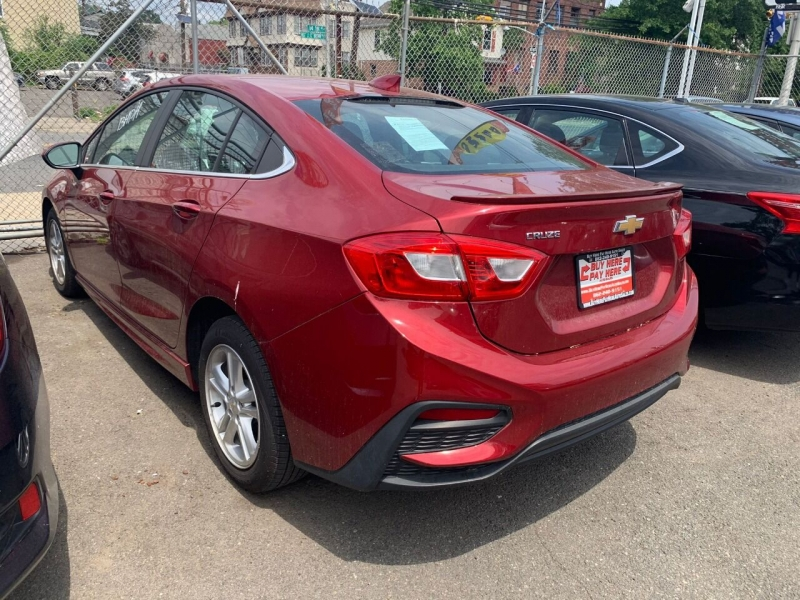 Chevrolet Cruze 2017 price $16,995