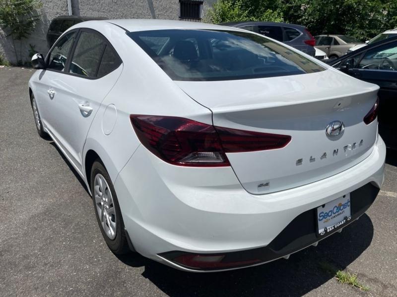 Hyundai Elantra 2019 price $499