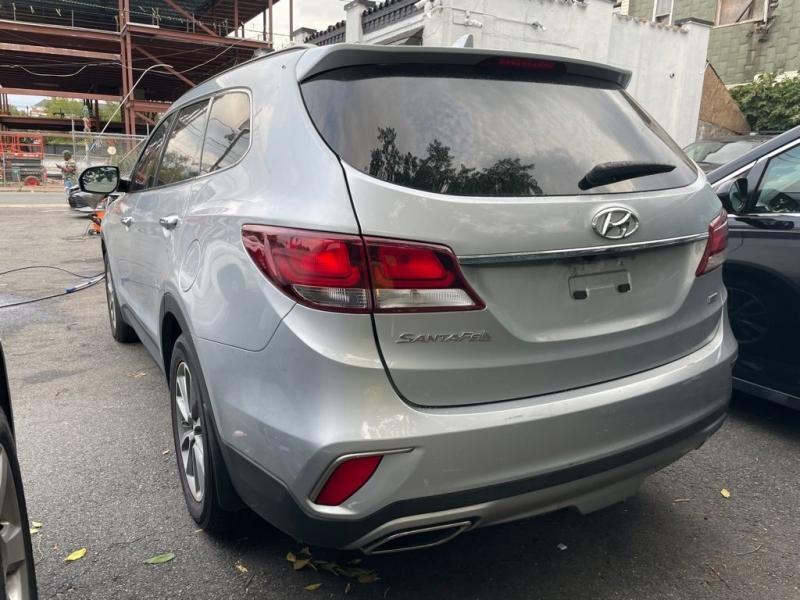 Hyundai Santa Fe 2017 price $499